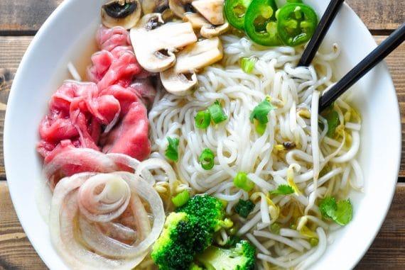 Low Carb Pho Vietnamese Beef Noodle Soup Recipe Ketogasm