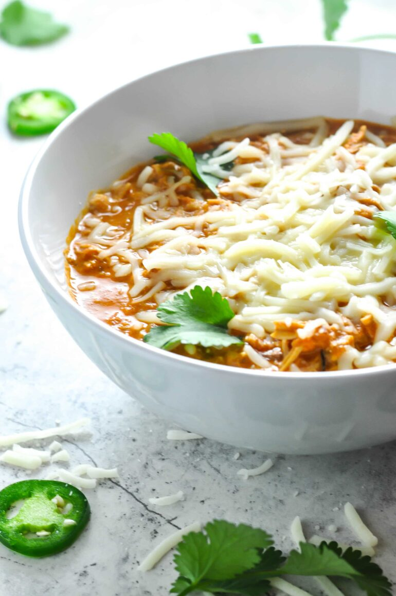 Shredded Chicken Chili Recipe #ketogasm #keto #ketogenic #atkins #healthy #chicken #chili #recipe